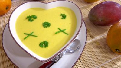 Cuisine antillaise : Ramequin de sauce à la mangue