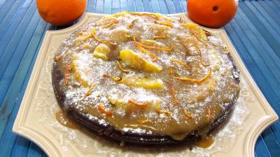 gâteau au chocolat : Plat d'une marquise au chocolat et aux oranges