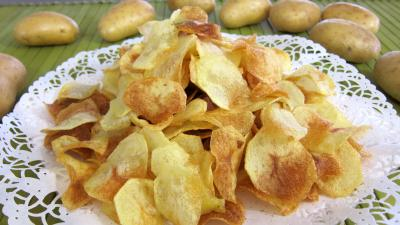 Cuisine irlandaise : Assiette de chips de pommes de terre