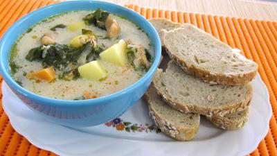 Recette Bol de broutes et blancs de poulet en soupe