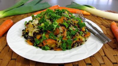 Image : Plat de riz au petits légumes