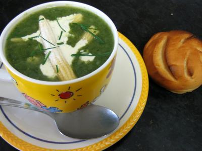 soupe chinoise : Dans le wok la soupe de dinde aux épis de maïs