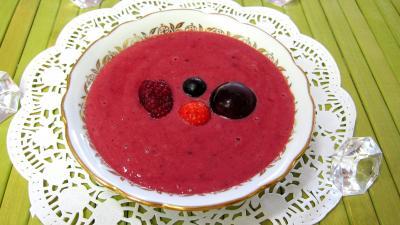 Recettes rapides : Ramequin de crème anglaise aux fruits rouges