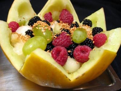 Melon farci aux fruits