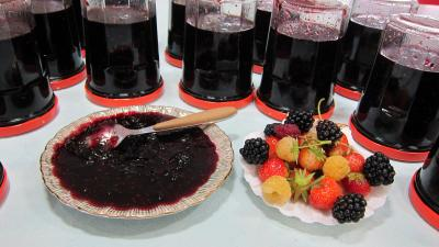 Recette Coupelle de confiture de fruits rouges