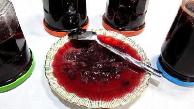 Recette Bocaux et coupelle de confiture de raisins