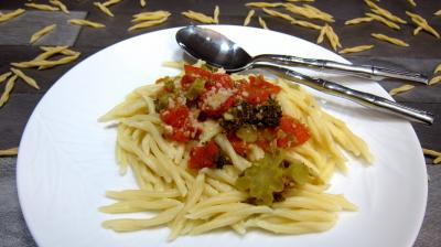 Recette Assiette de pâtes trofie liguri alla puttanesca