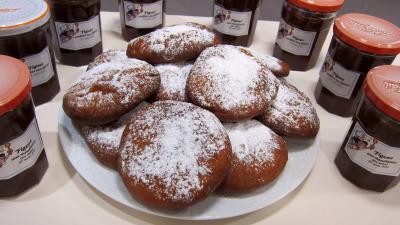 beignets sucrés : Assiette de beignets Hannouka