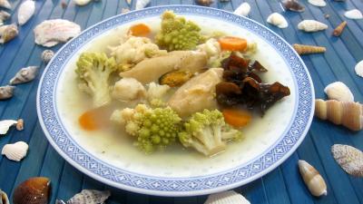 Recette Assiette de soupe de poisson et crustacés façon chinoise