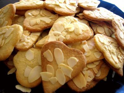Image : biscuits de coeurs sablés aux amandes