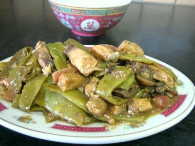 Image : Assiette d'espadon aux haricots mange-tout