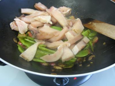 Espadon aux haricots mange-tout façon chinoise - 10.2