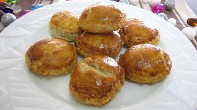 chausson : Assiette de rissoles au foie gras