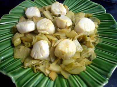 chayotte : Assiette de noix de Saint-Jacques aux chayottes