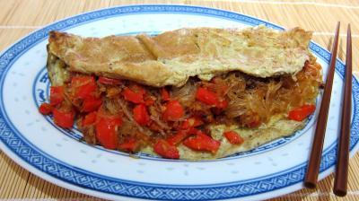 Oeufs : Plat d'omelette végétarienne à la chinoise