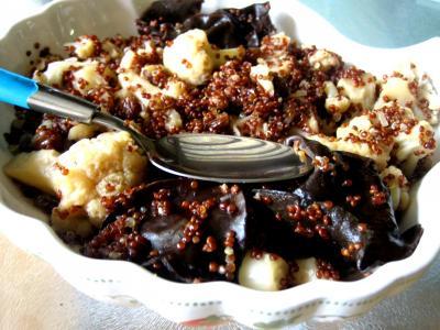 quinoa : Assiette de quinoa et chou-fleur