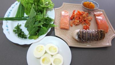 Ingrédients pour la recette : salade de la mer