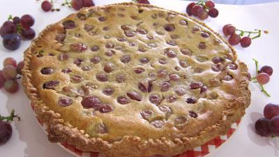 Recette Assiette de clafoutis aux raisins et au brousse