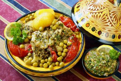 Photo : Plat de poisson marocain au tajine sauce Chermoula