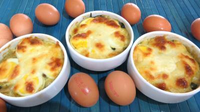 gratin de légumes : Cassolettes de gratin d'épinards aux oeufs