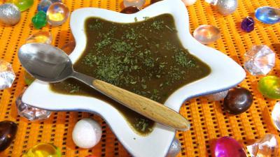 sauce froide : Ramequin de vinaigrette à l'échalote