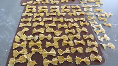 semoule de blé dur : Pâtes fraîches papillons à la semoule de blé