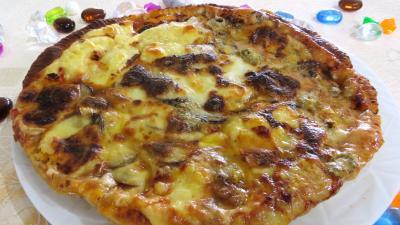 Amuse-bouche : Pizza aux champignons et fromages
