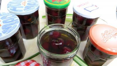 marsala : Bocaux de cerises au vin blanc