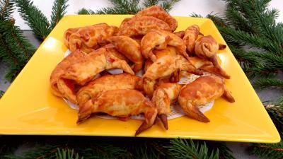 Amuse-bouche : Assiette de croissants au jambon et au Comté