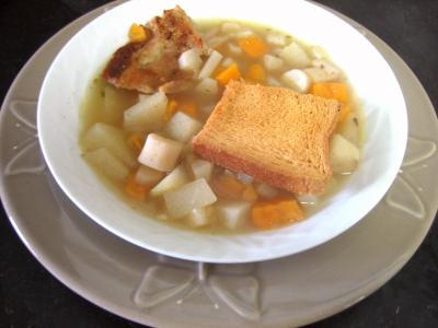 Image : Assiette de soupe de scorsonères