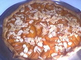 Image : tarte aux abricots et aux amandes