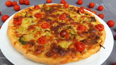 pizza au fromage : Pizza aux restes de charcuterie
