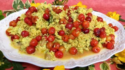 curcuma poudre : Assiette de risotto aux cerises