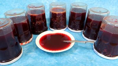Conserves : Gelée de mûres et prunes jaunes