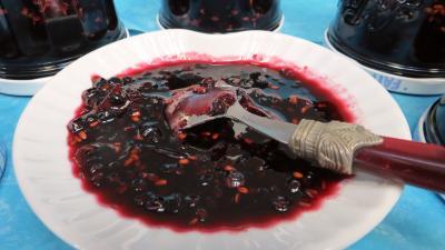 Image : Confiture de baies de sureau à la rhubarbe