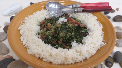Légumes : Plat de sauté d'épinards avec son riz