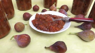 conserve au vinaigre : Coupelle de chutney de figues aux cacahuètes