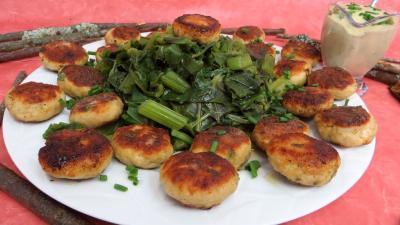 Volailles et gibiers : Assiette de boulettes de dinde avec blette à la vapeur