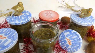 Image : Bocaux de compote de kiwis pour diabétiques