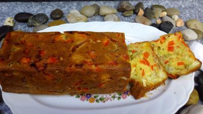 jambon blanc : Plat de cake au poivron