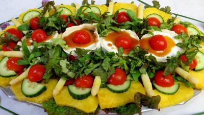 ananas : Salade de chèvre au caramel
