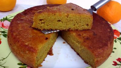 bicarbonate soude : Part de gâteau à l'orange