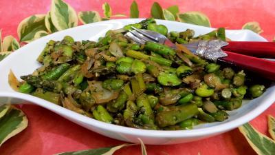 sauge : Poêlée d'asperges et fèves