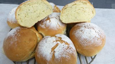 Image : Boules de pains à la sauge