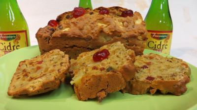 raisin sec de corinthe : Cake au cidre