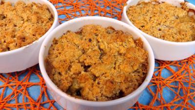 garniture : Cassolette de crumble d'asperges à la mimolette