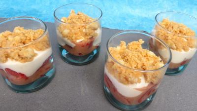 Printemps : Verrines de fraises aux petits suisses