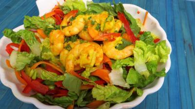 Anniversaire : Saladier de gambas en salade