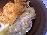 autocuiseur : Assiette de gratin parfumé aux pommes de terre
