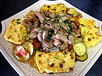 Cuisine suisse : Plat de polenta et foie de veau